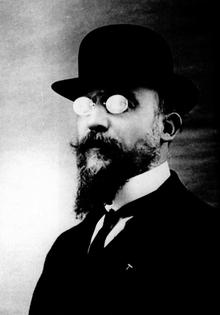 Erik_Satie_en_1909